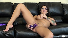 Lylith Lavey goes wild fucking her pink pussy with a big dildo