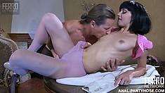 Horny Euro guy Horatio likes to play with Tessa's pussy through her pantyhose