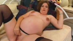 Chunky babe gets lonely and plays with her own amazing beaver