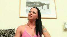 Elegant brunette Carmen has her sexy lesbian lover fisting her peach