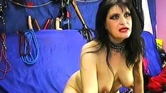 Mature amateur BDSM lady on webcam