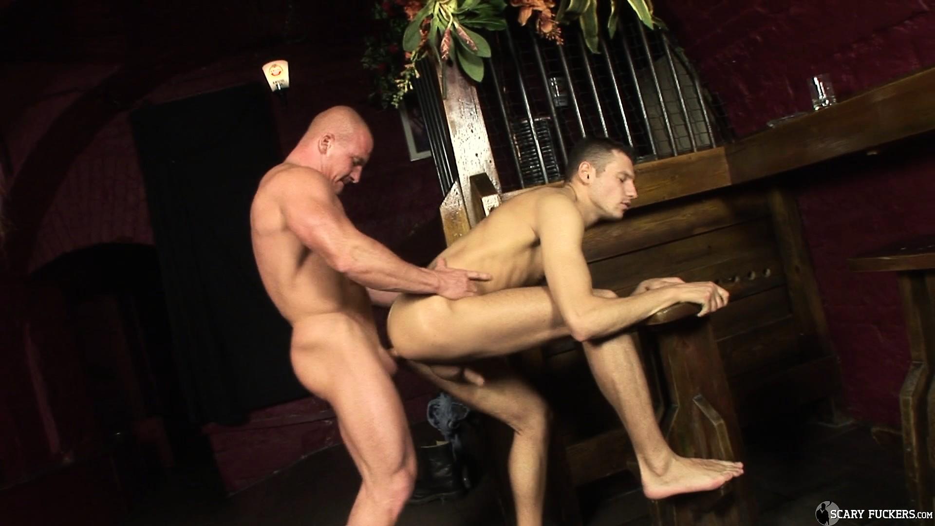 free mobile gay bareback porn