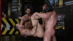 Cock-loving guy gets into a naughty gay orgy and gets his ass wrecked