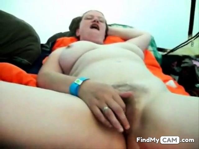 Hairy bbw girlfriend masturbate