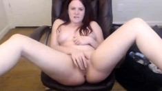 Brunette bbw with huge boobs dildos her pussy