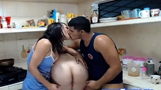 Shemale Bbw And Hunk At Kitchen Threesome Play