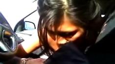 Hawaii girl giving road head