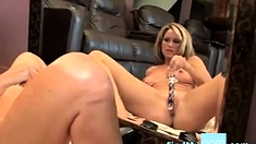 Mom Toys Her Hot Pussy In Mirror