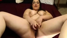 Chubby Brunette Camshow